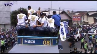 (VIDEO) Pawai Persib Juara Piala Presiden 2015