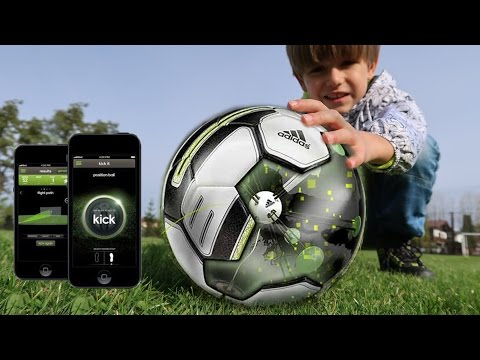 Is The 1st Ever Smart Ball a TOY ? Game App