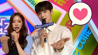 Son Naeun & Cha Eunwoo ❤ Moment 5 - Apink Five Winning Stage…