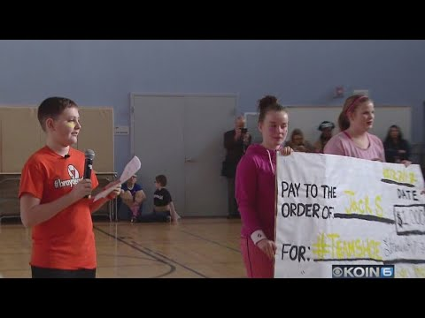 Straub Middle School rallies for student with cancer