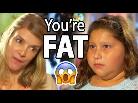 MOM PUBLICLY EMBARRASSES DAUGHTER ! (what would you do?)