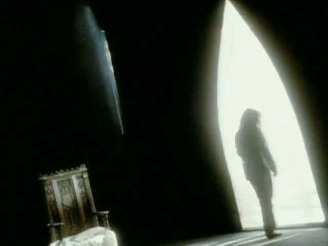 stephan-eicher-ni-remords-ni-regrets-clip-officiel-universal-music-france