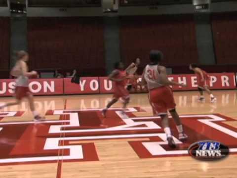 Sportz Blitz--Coogs Discuss Basketball Season