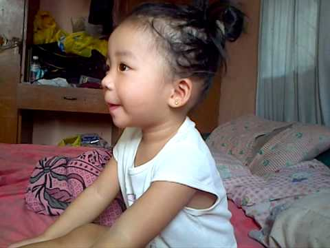 """""""LET IT GO"""" baby tries to sing-along (future singer)"""