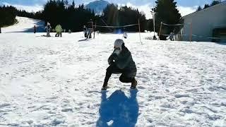 Download Video Snow in action! Tunggal putri indonesia, Puspa Arumsari. MP3 3GP MP4