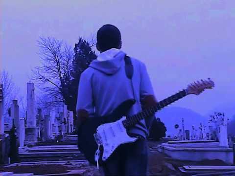Slowdive - Here She Comes (Music Video)