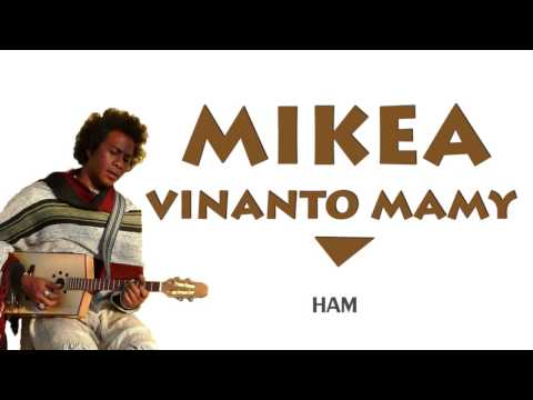 Mikea - Vinanto mamy lyrics
