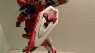 Master Grade Infinite Justice Gundam Review