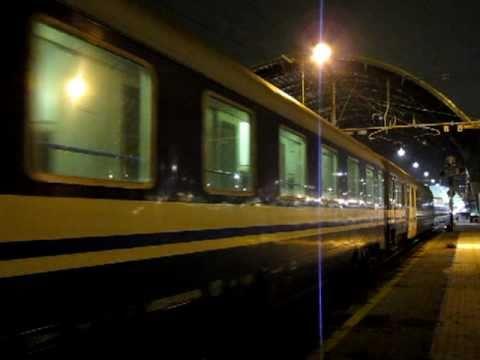 FS Express 1927 Milano - Palermo / Siracusa hauled by E402B at Milano Centrale