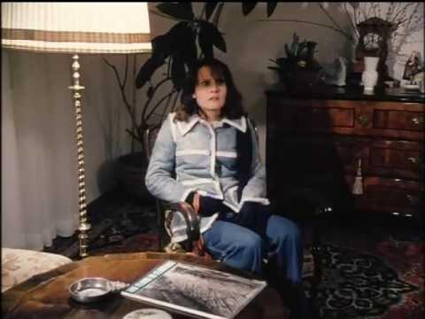Derrick - Folge 1 - Waldweg - 20. Oktober 1974