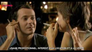 Julie Gayet smoking in movie Clara Et Moi
