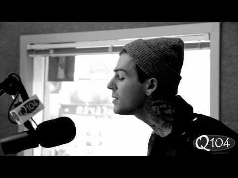 The Neighbourhood - Sweater Weather (live on Fee's Kompany)