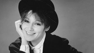 Vamps, Clueless And Fast Times Director Amy Heckerling
