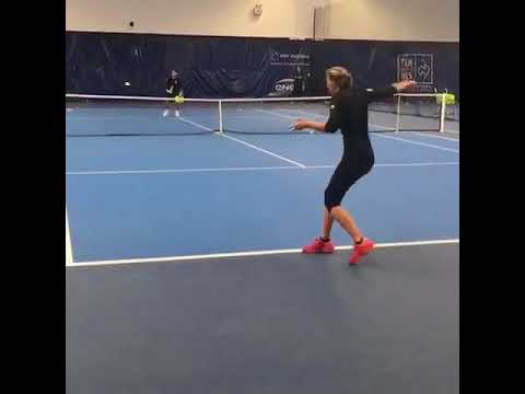 Kristina Mladenovic training