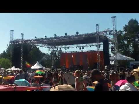 "U-Roy w/Sly&Robbie - ""Chalice in The Palace"" (live)@Sierra Nevada World Music Fest.2014"