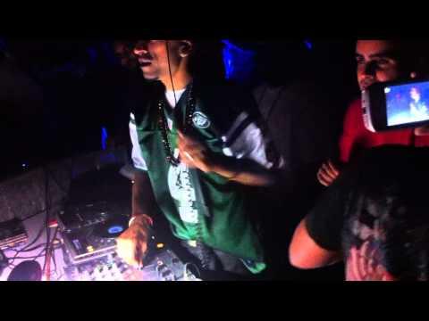DR ZEUS Dj Sunny Singh Rapper Shortie LIVE AT SGRD 2012.MOV