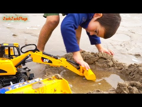 Construction Toys for Children Digging: Kids Playing with Toys at the Beach Compilation  2