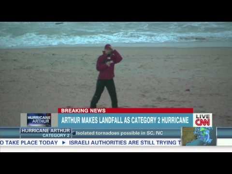 CNN Meteorologist Braving Hurricane Arthur