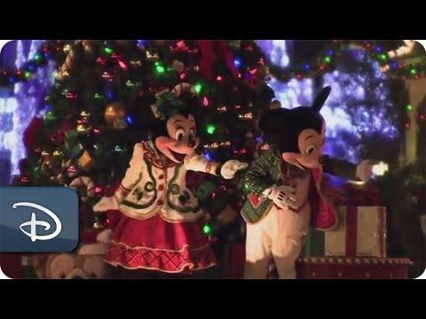 Mickey's Once Upon A Christmastime Parade | Walt Disney World