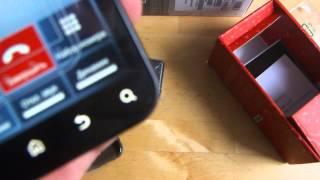видео Motorola Defy — защищённый смартфон на Android