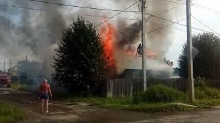 Верхняя Салда.Сгорел жилой дом на ул.Крупской 06.07.18