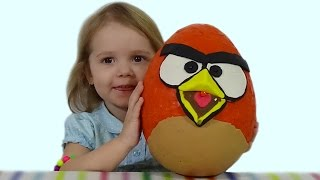 ����� ����� �������� ���� � ��������� ��������� ������� World Biggest surprise egg ANGRY BIRDS toys