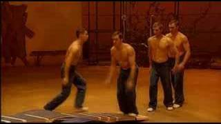 Korean Plank Act - SOLSTROM (Cirque du Soleil)