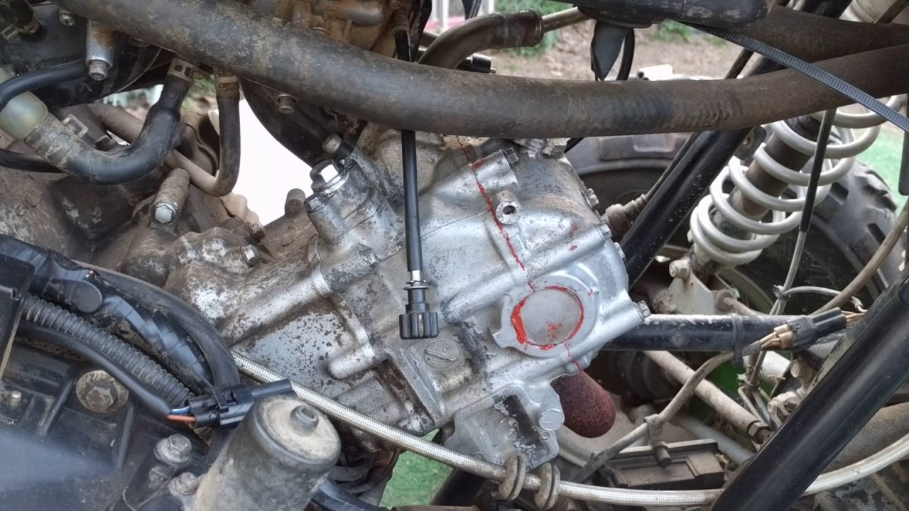 Adjusting The Valves On The  500 Arctic Cat
