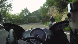 Yamaha R6 and Triumph Speed Triple on Bear Mountain NY Speed Turns