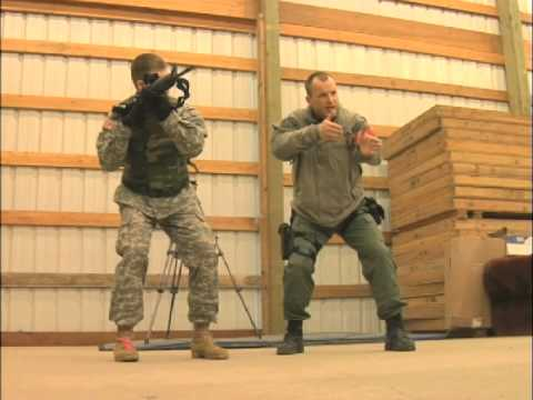 Clackamas County Sheriff's Office SWAT Team trains Oregon Army National  Guard (April 5, 2008)