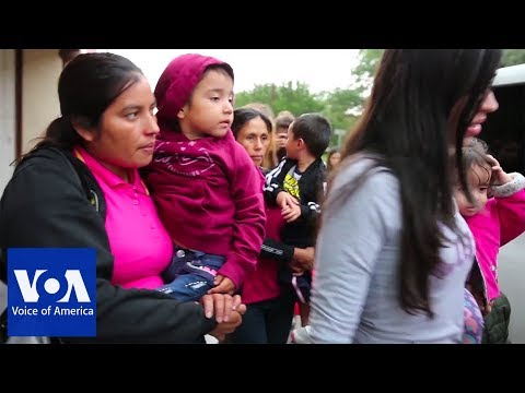 From Texas Border, a Close Up View of Migrant Family Separation thumbnail