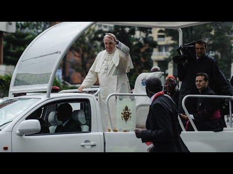 فرانس 24: Kenya: Pope Francis greeted by huge crowds at start of landmark Africa tour