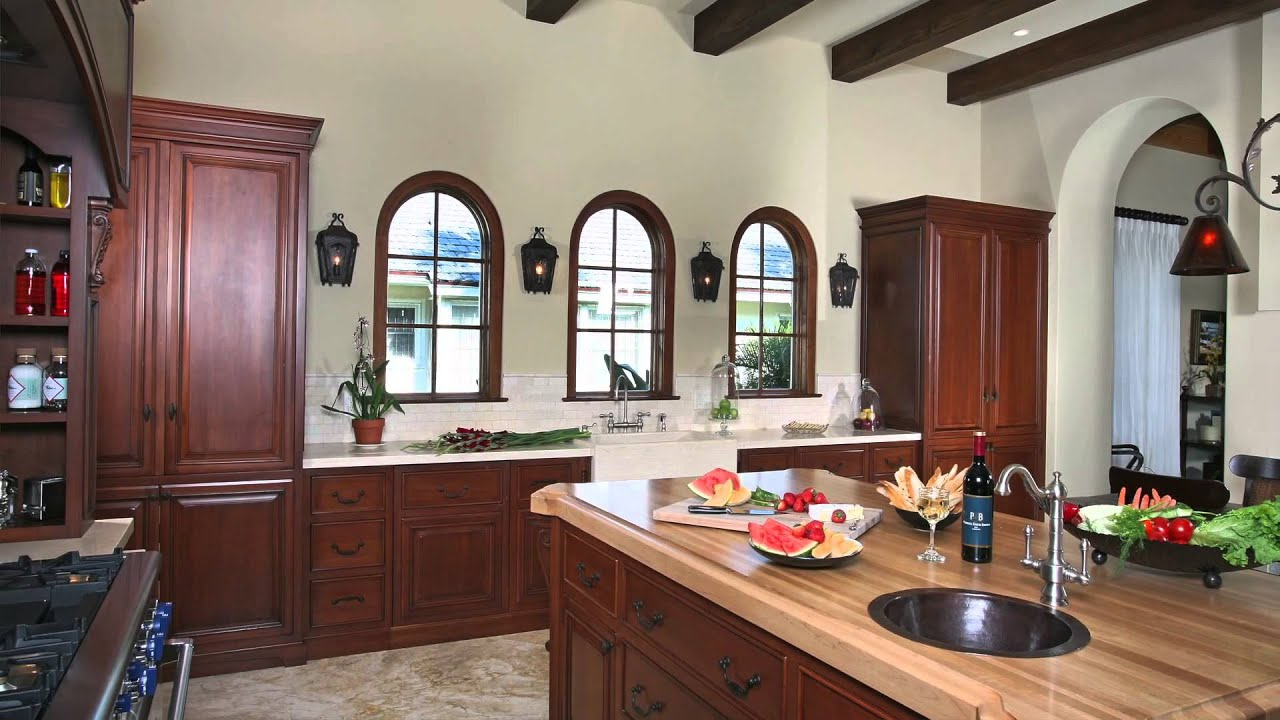 Old World Kitchen Decor Design Tips For The Kitchen