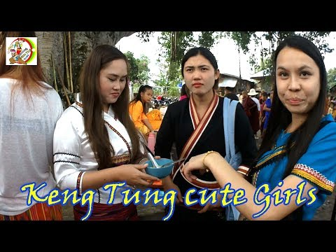 Beautiful Shan Traditional girls in Keng Tung Myanmar.สาวๆน่