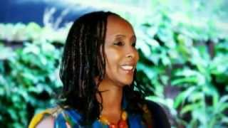 Somali Music Haraad by Hussein Shire iyo Shamso Foot HD 2013