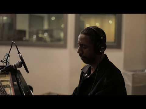 "Ryan Leslie - ""Thankful"" In-Studio"