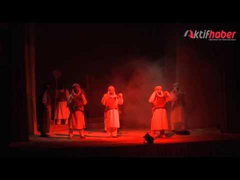 'Omar Bin Hattab' Tiyatro Oyunu İzleyicisi ile Buluştu