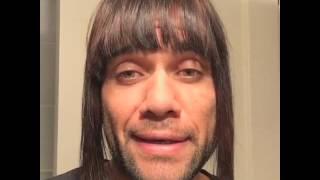 Funny Dani Alves mimics his girlfriend