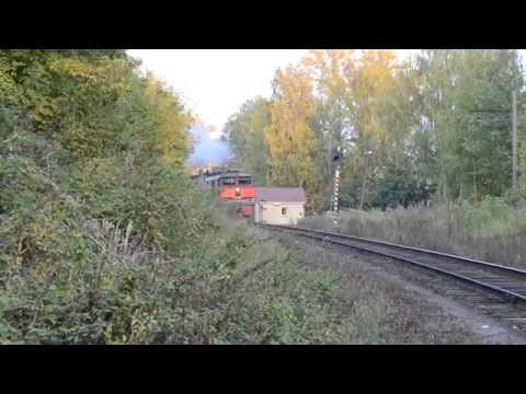 Смачный тифон. 2ТЭ10В-4381 с почтово-багажным поездом, станция Киров