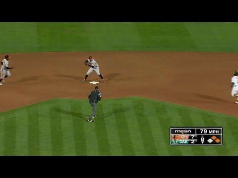 BAL@OAK: O's turn an inning-ending 6-4-3 DP