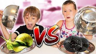 GUMMY FOOD vs. REAL FOOD CHALLENGE - Echte SCHNECKEN essen!? 😋  mit Lulu & Leon