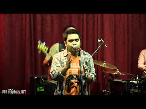 Abdul & The Coffee Theory - Happy Ending @ Mostly Jazz 03/05/13 [HD] Mp3