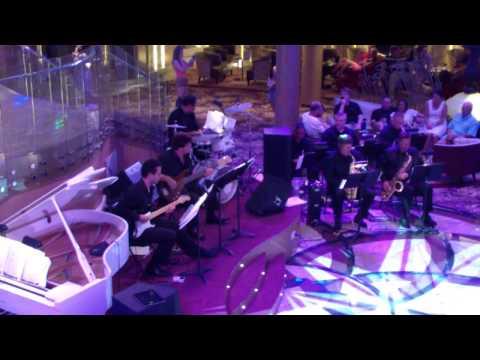 Jazz Band on the cruise ship. 1/4