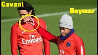 Look what's happened between Neymar and  Cavani in training PSG 2017