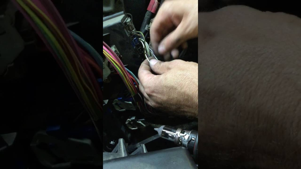 small resolution of 06 ram low beam headlight issue