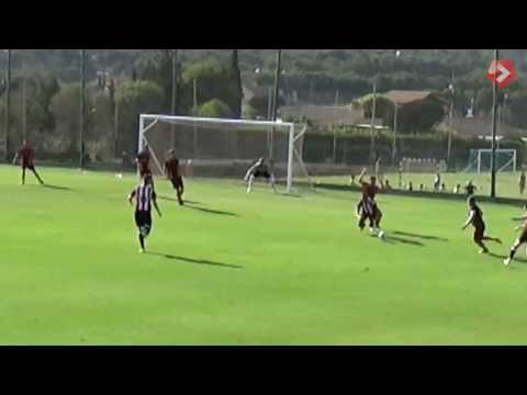 Murcia 1-4 Blades - goals