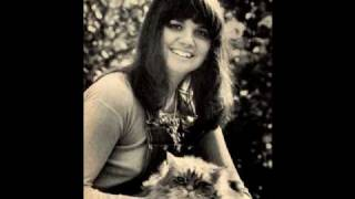 Watch Linda Ronstadt People Gonna Talk video