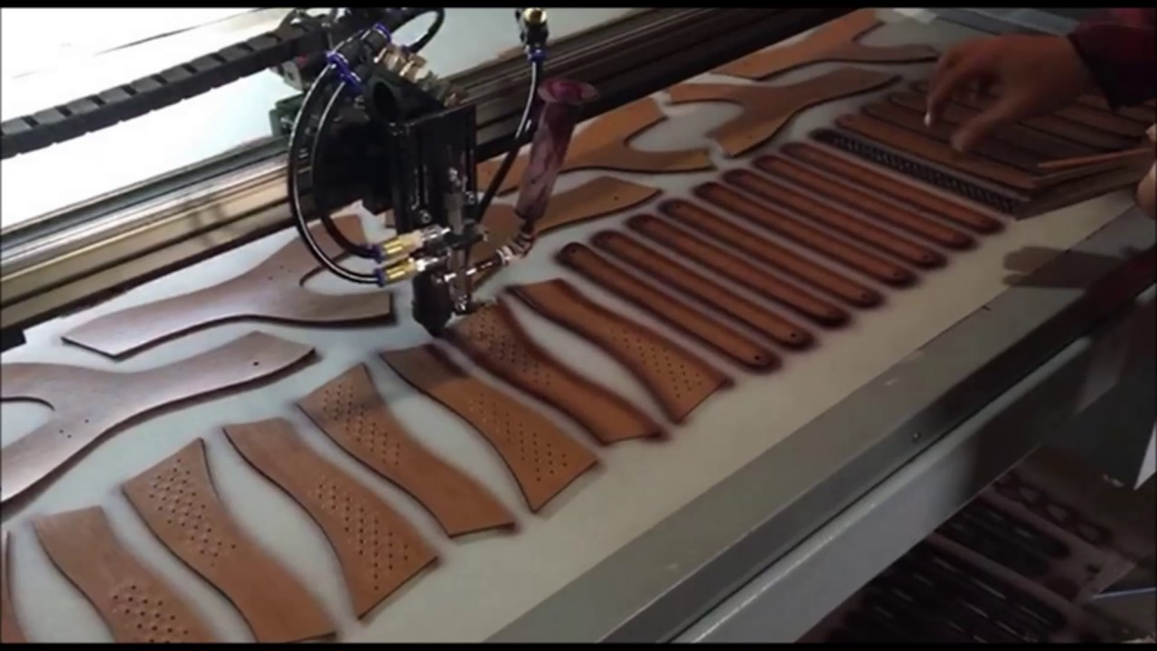 Leather belt edge colouring machine - YouTube