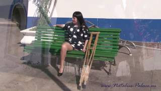 Repeat youtube video Amputee Merrill wearing nylons in a crowded town