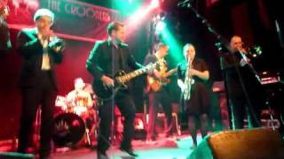 the-crooners-live-knust-hamburg-mad-28-01-2011